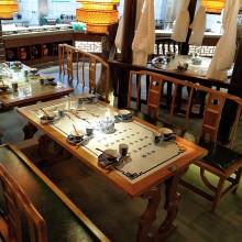 定制古典风酒店家具青花瓷镶嵌实木餐桌桂满陇桌椅绿茶店圆桌卡座